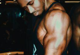 Czy stosować bcaa razem z białkiem serwatkowym ?